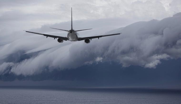飞机更容易面临严寒的考验,因而低温航空润滑脂型号较多.jpg